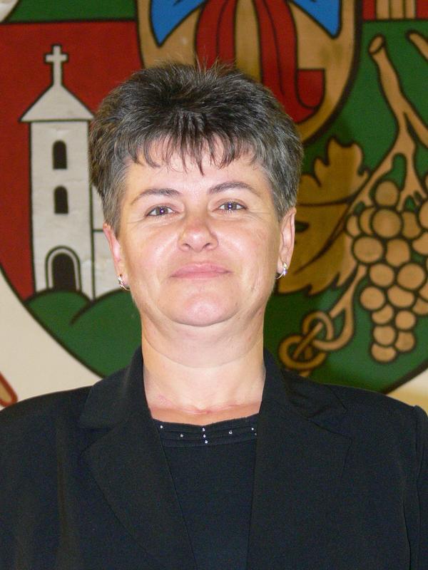 Szabó Jánosné